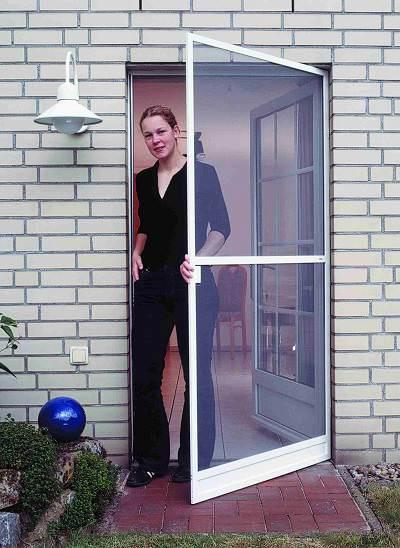 leichte Tür mit Insektengewebe