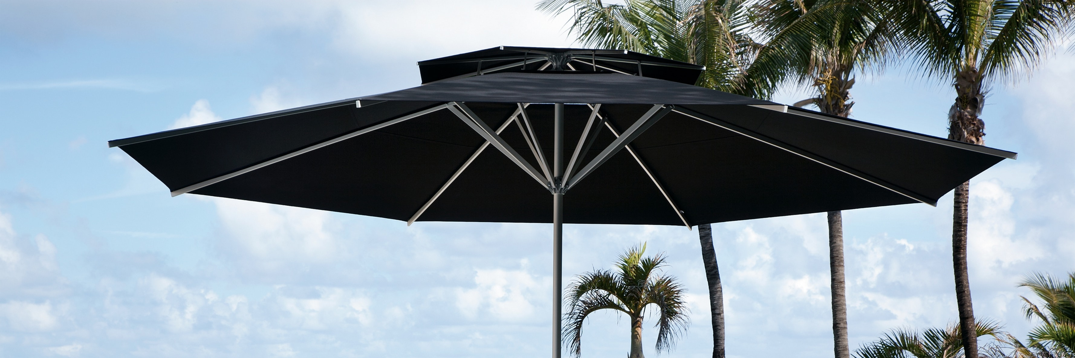 SAMARA Sonnenschirm mit Winddach